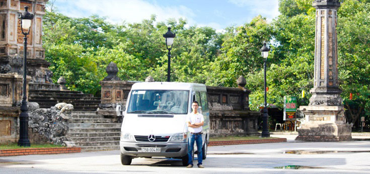 phong nha private cars - Twelve Seater Car