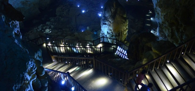 Phong nha cave tour - paradise cave tour dong hoi to paradise by private cars