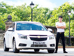 Hire car from Hoi an to Dong Hoi - 4 seater